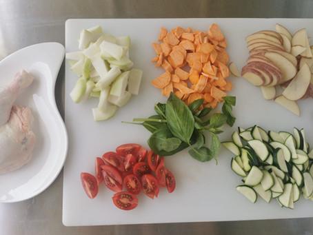 סלט ירקות קלויים ועוף של דרום איטליה