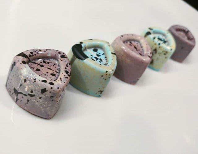 Earl Grey & Caramel Bonbons ._._._._._._