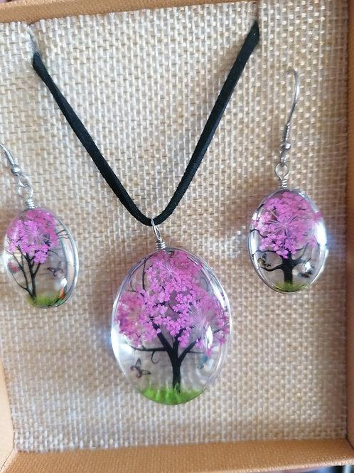 Parure arbre de vie en résine avec véritable fleur sechée