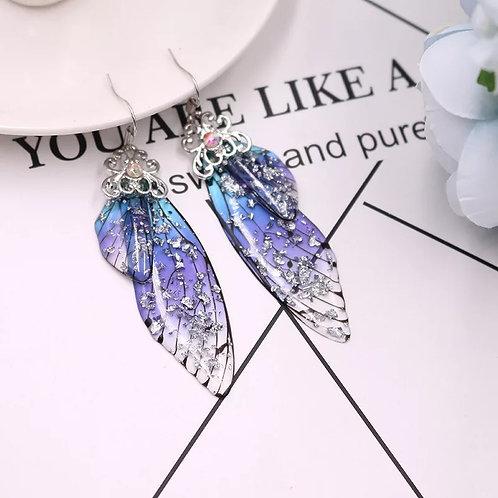 Boucle d'oreille aile de fée bleuté