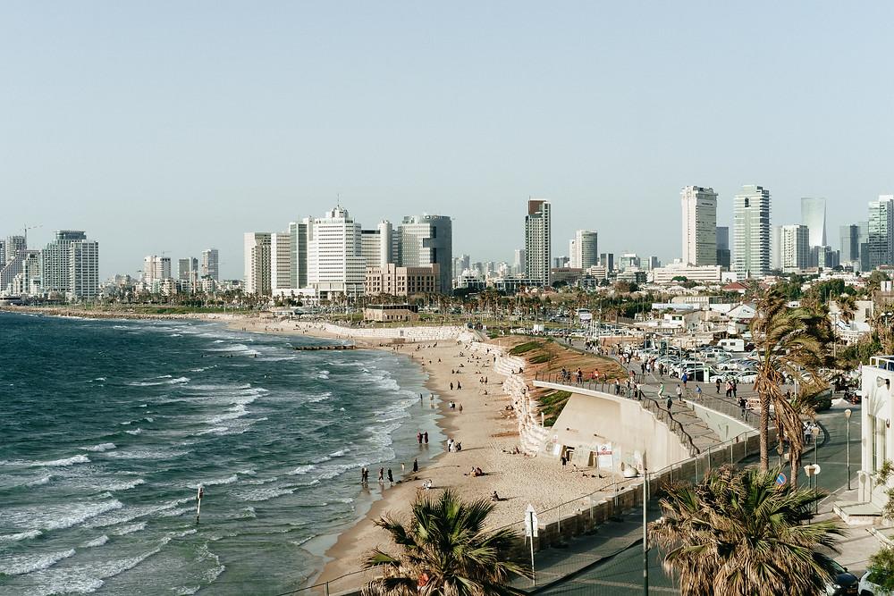 רצועת החוף בתל אביב