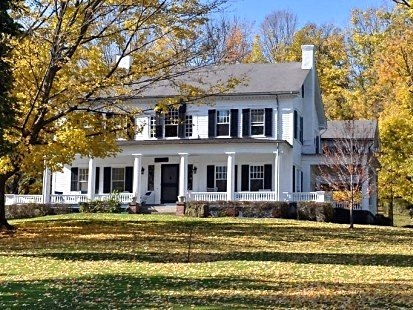 Harding Farm Main House in Fall_edited_edited