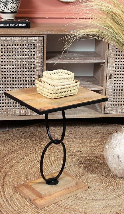 שולחן צד טבעות
