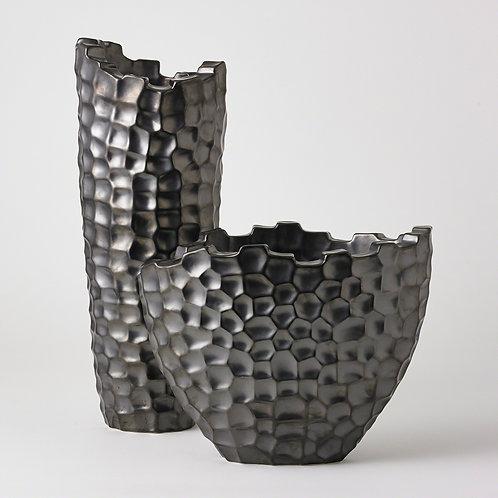 Random Grid Vase-Graphite by Global Views