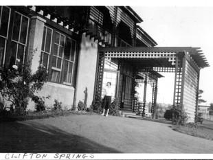 1937 Clifton Springs photos found in London