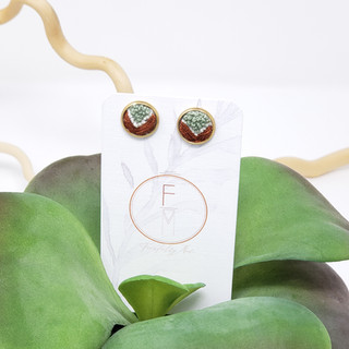 10 Fiber Studs by Fearfully Made Rust &