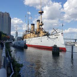 Philadelphia, PA. The Spruce Street Harbor, River Hangouts.