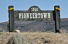 PIONEERTOWN_SIGN_SMALL.jpg