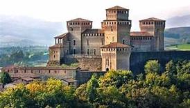 Andar per rocche, castelli e regge