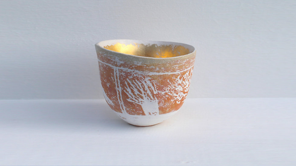 3. Hedge landscape pot