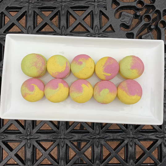 Ranibow Macarons