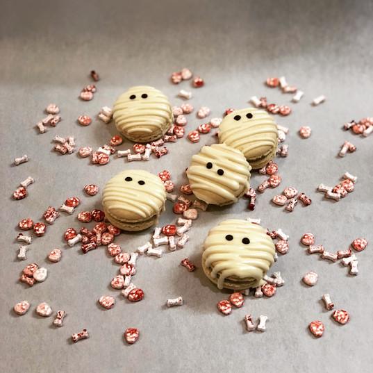 Cookies and Scream Macarons