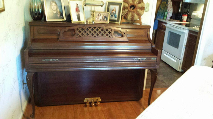 OFFERING: Piano
