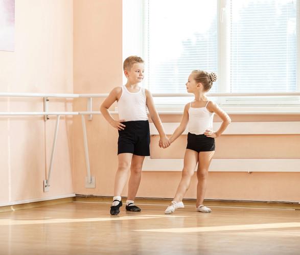 Stock-Ballett-Junge_und_Mädchen__Kopie.