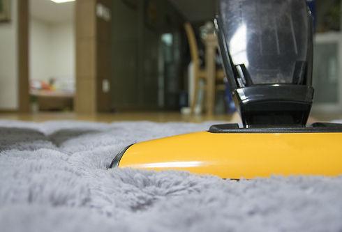 vacuum-2116241_1920.jpeg