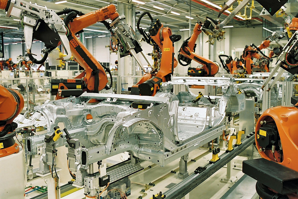 Assembly line robots WeldingSource.org