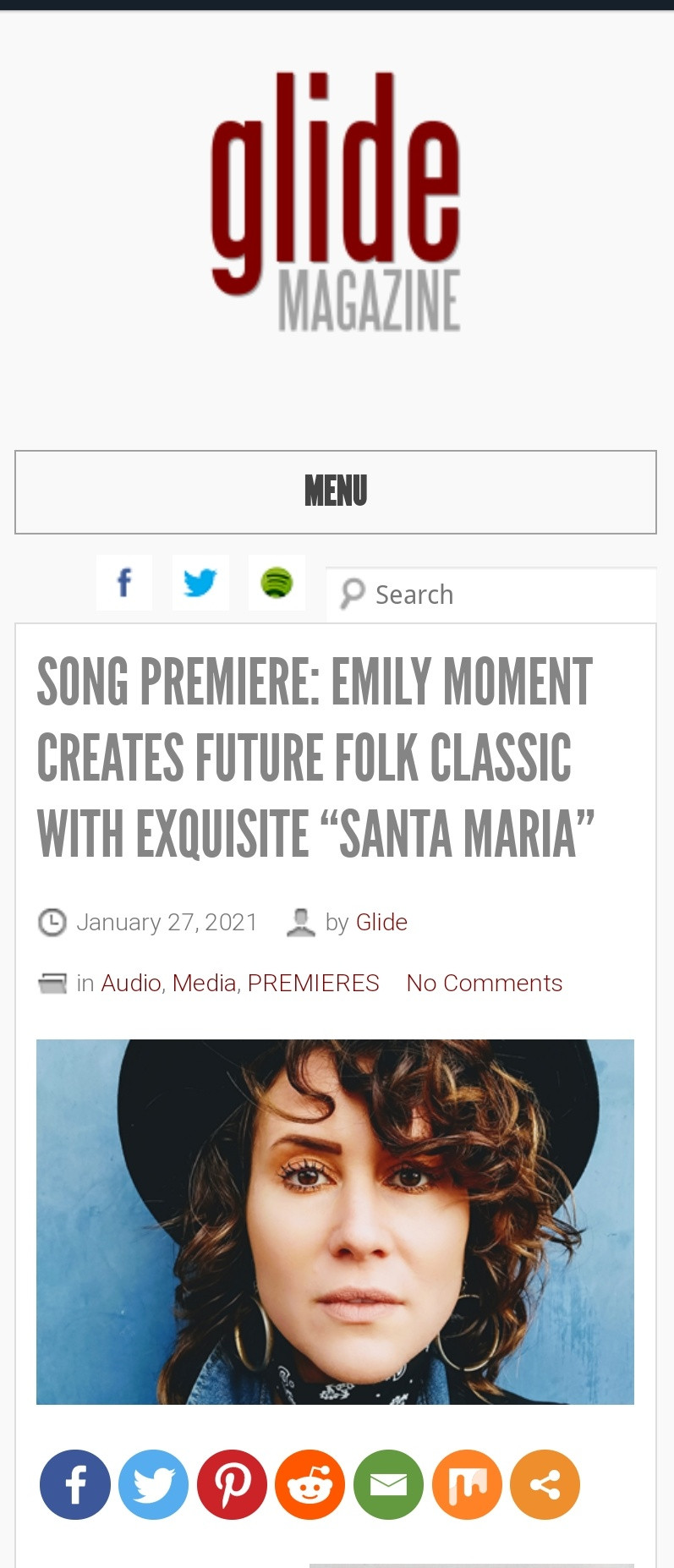 """Glide is thrilled to premiere the achingly beautiful """"Santa Maria"""" from Emily Moment. While reminiscent of many a spectral singer-songwriter including Emmylou Harris and Laura Marling, Moment creates a folk pop diamond that is destined to be a cult classic."""