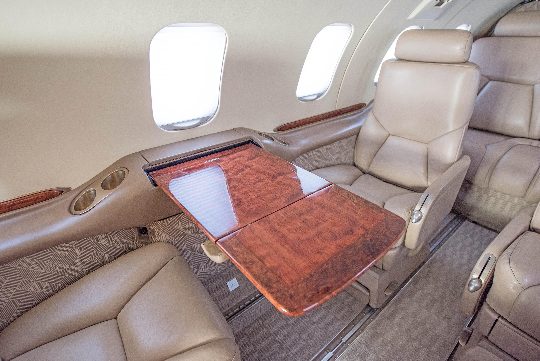 Lear 31 interior