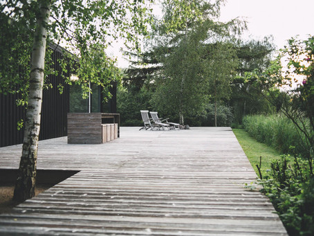 The Dos and Don'ts of Pressure Cleaning Your Deck
