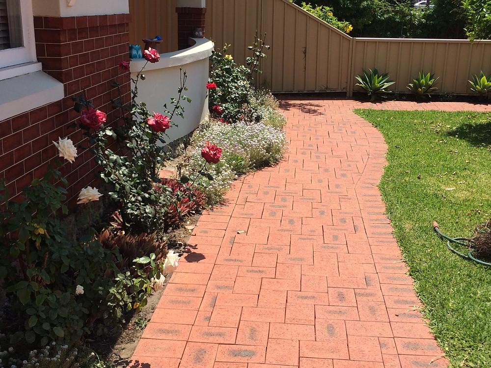 Clean brick paving Perth