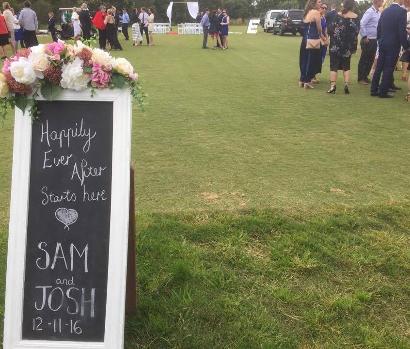 melbourne celebrants cityside benn stone frankston settlers run weddings golf club young couples modern fun value male celebrant