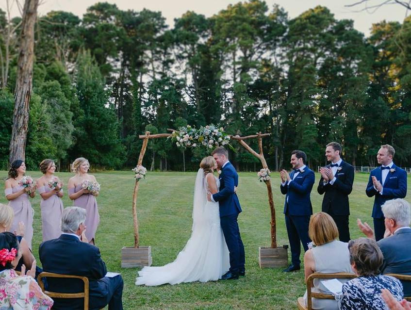 yarra valleys best wedding celebrant melbourne cityside