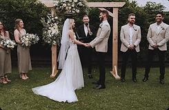 baxter barn wedding celebrants.jpg