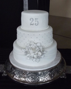 25th wedding anniverserary celebrant melbourne.jpg