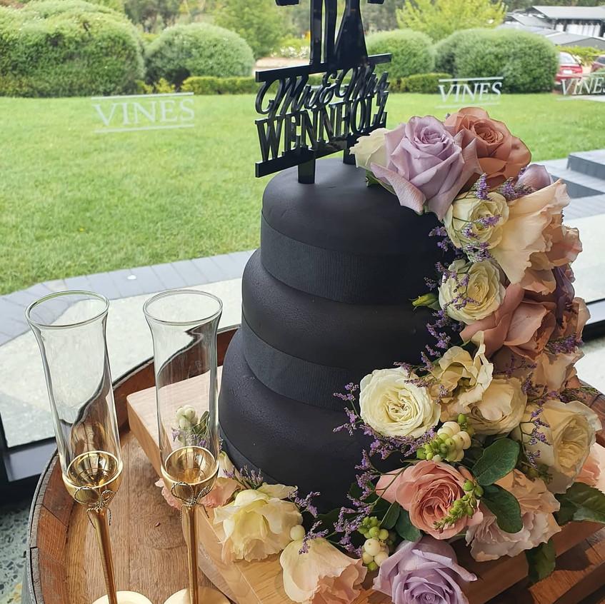 benn stone wedding cake