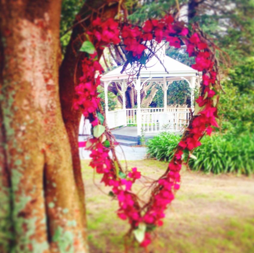 best wedding celebrants melbourne benn stone yarra ranges