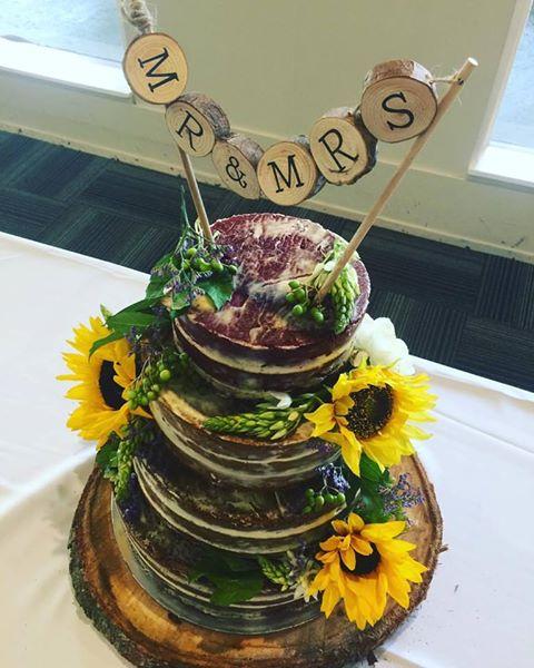 golf club weddings melbourne celebrant benn stone male melbourne cityside celebrant