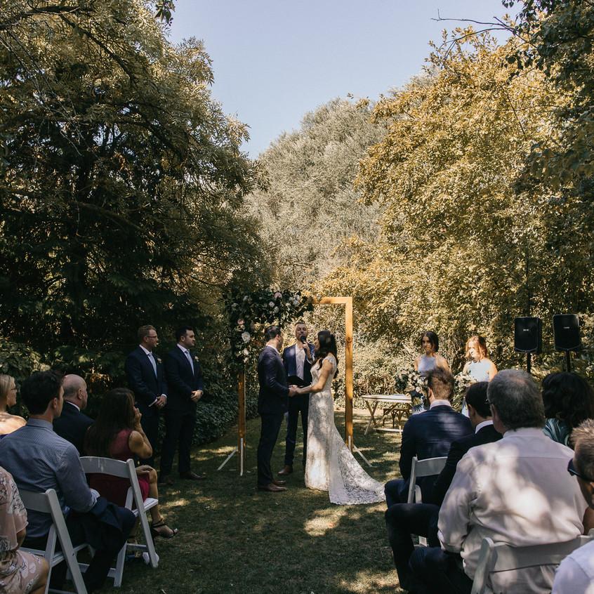 male best cheap wedding celebrants melbourne