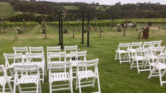 garden weddings melbourne celebrant winery red hill yarra valley weddin celebrant melbourne