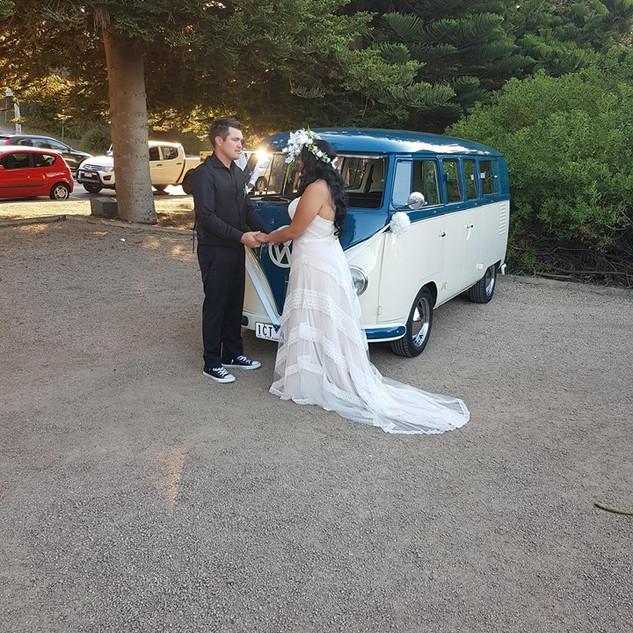 wedding kombi celebrant beach marriage.jpg