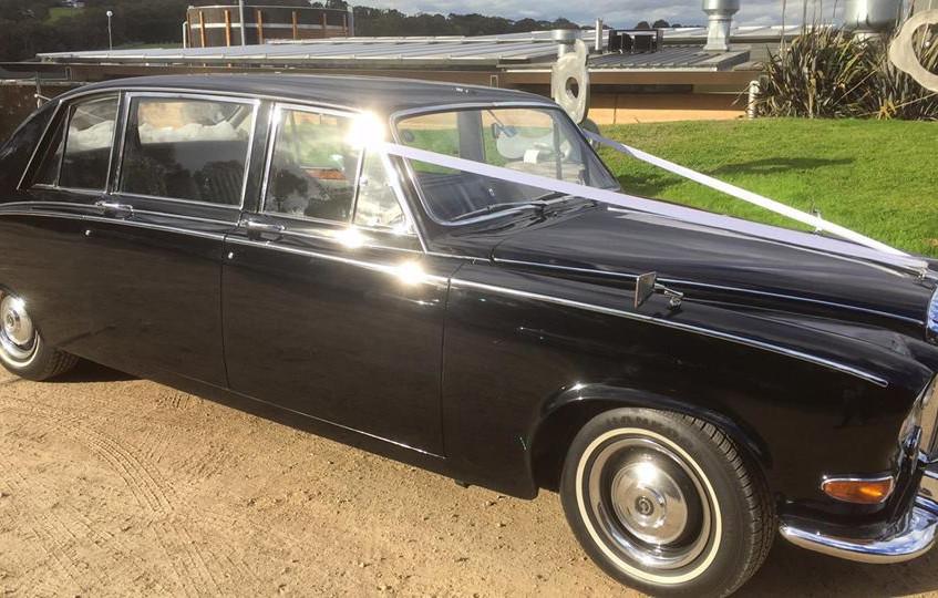 wedding cars hire melbourne's best celebrant yarra valley