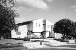 Railla Family Residence