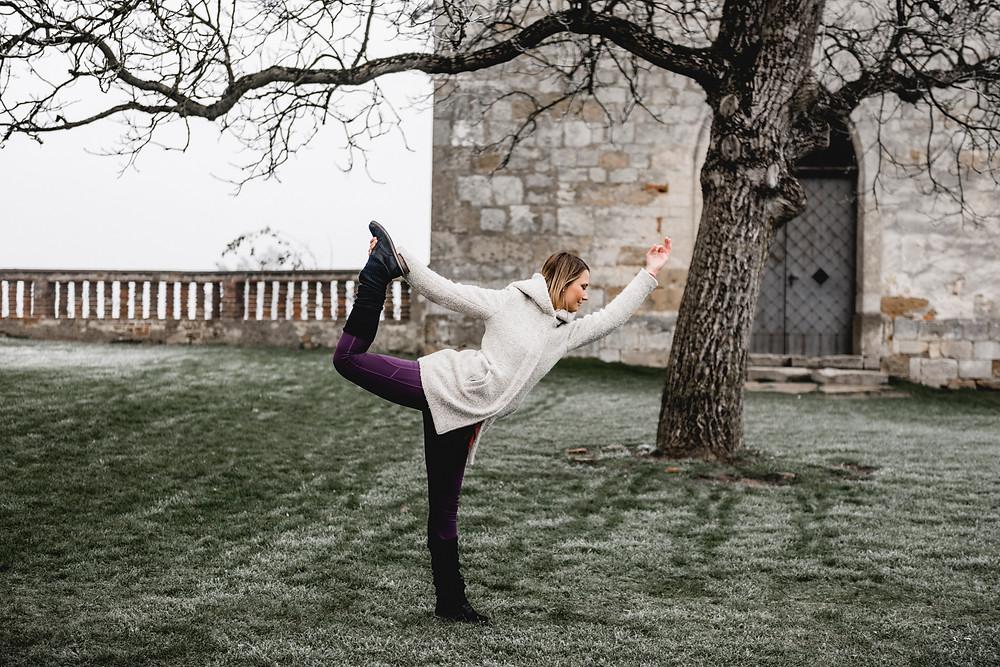 Der Tänzer - Michaela Lorber, Yogawege KG