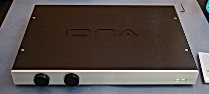 Silver/Black DNA 50