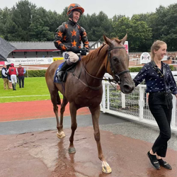 A soggy Eireann Cagney and Johnny Boom, successful at Pontefract