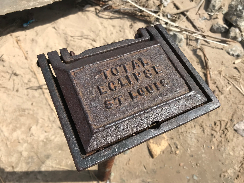 Lid of cast iron box.