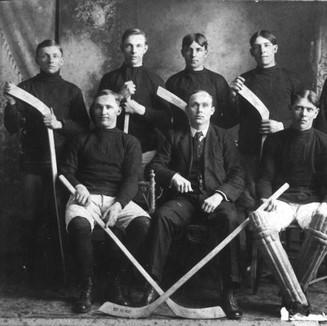 FirstNobletonHockeyTeam--COPY.JPG