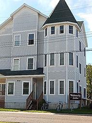 Studio apartments for rent next to Michigan Tech in Houghton, MI