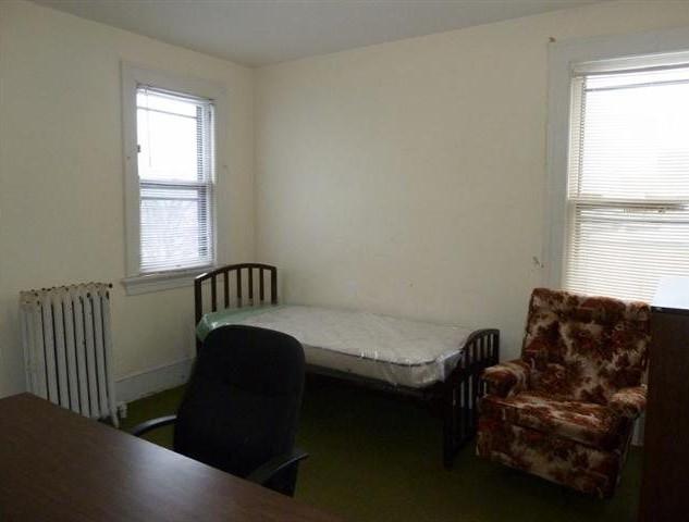 bedroom 2a).jpg