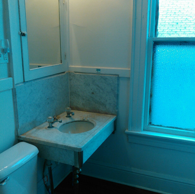 2nd floor bath c).jpeg