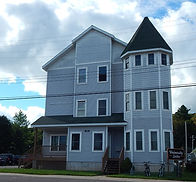 Single Bedroom Apartments in Houghton, MI.  Apartments walkable to Michigan Tech.