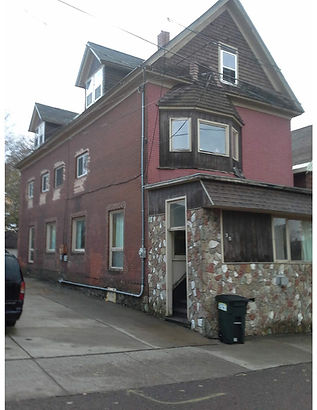 Large house for rent in Hancock, MI.
