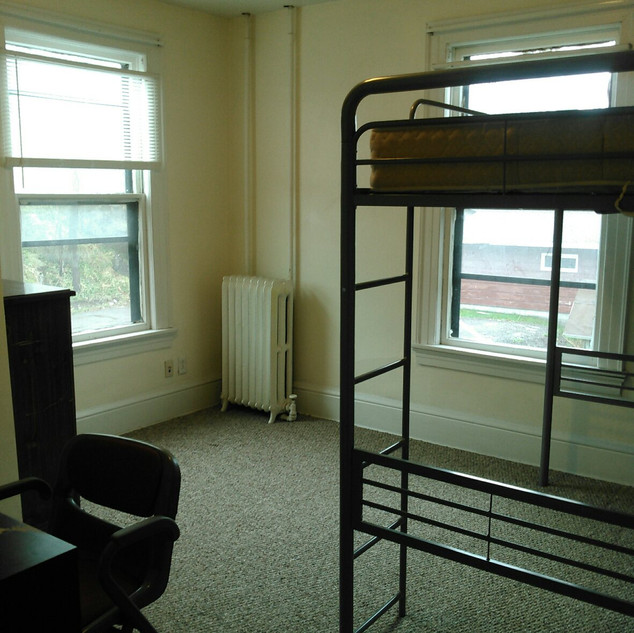 bedroom 5c).jpeg