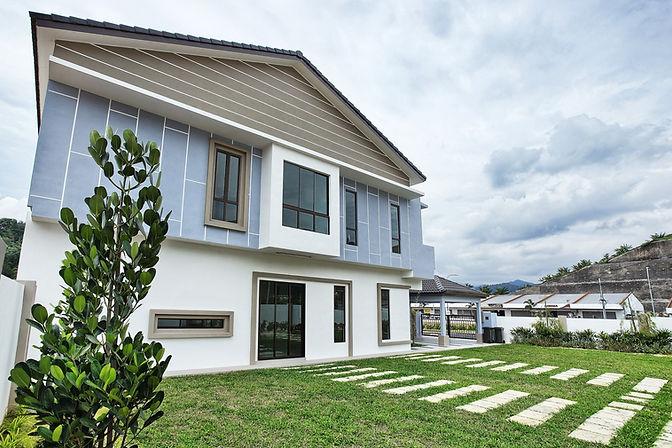 Nusa16 actual facade (side).jpg