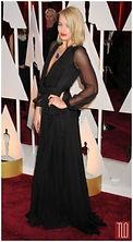 Margot-Robbie-Oscars-Awards-2015-Red-Car