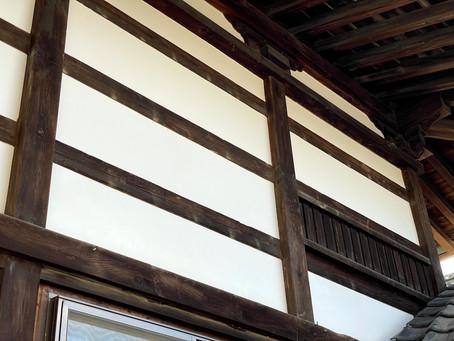 寺院 しっくい(漆喰)壁 改修